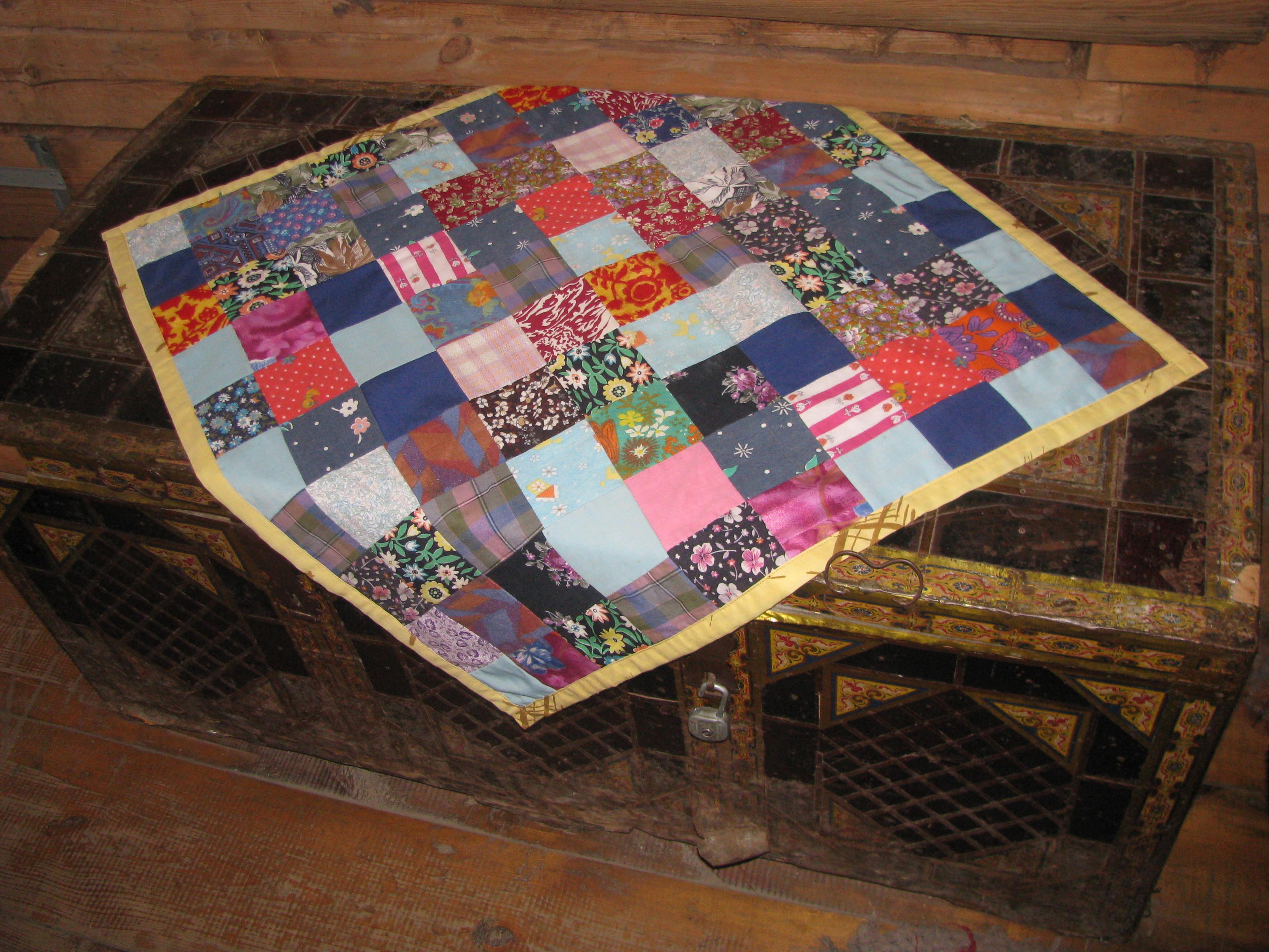 Пэчворк лоскутное шитье ткани